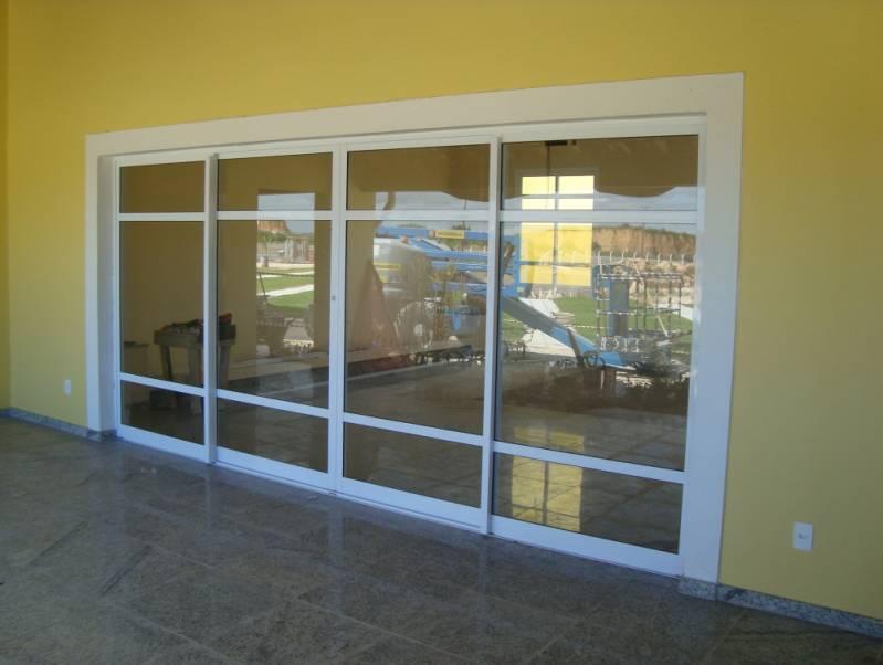 Porta de Alumínio Branco em Valinhos - Porta de Alumínio para Banheiro