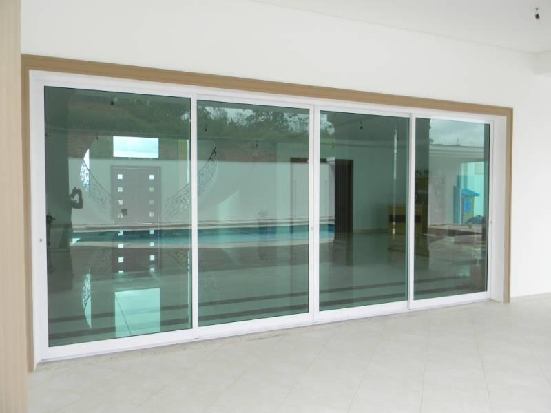 Portas de Alumínio Balcões em São Lourenço da Serra - Porta de Alumínio Branco para Sala